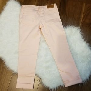 Dollhouse Pants - NWOT! Dollhouse Roll-up Skinny Capri Distressed